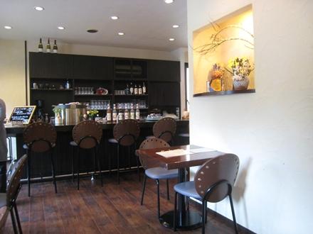 Cafe Restaurant 無