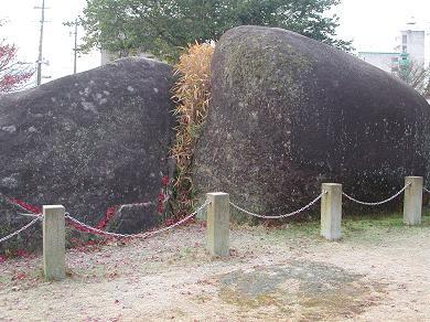中津川女夫岩2