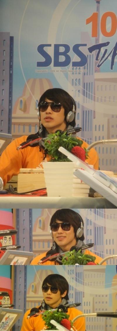 100430-SBS FM -03