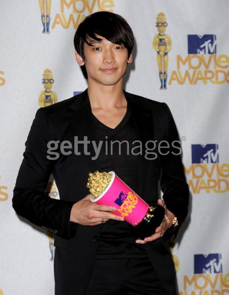 100607-MTV movie Award-05
