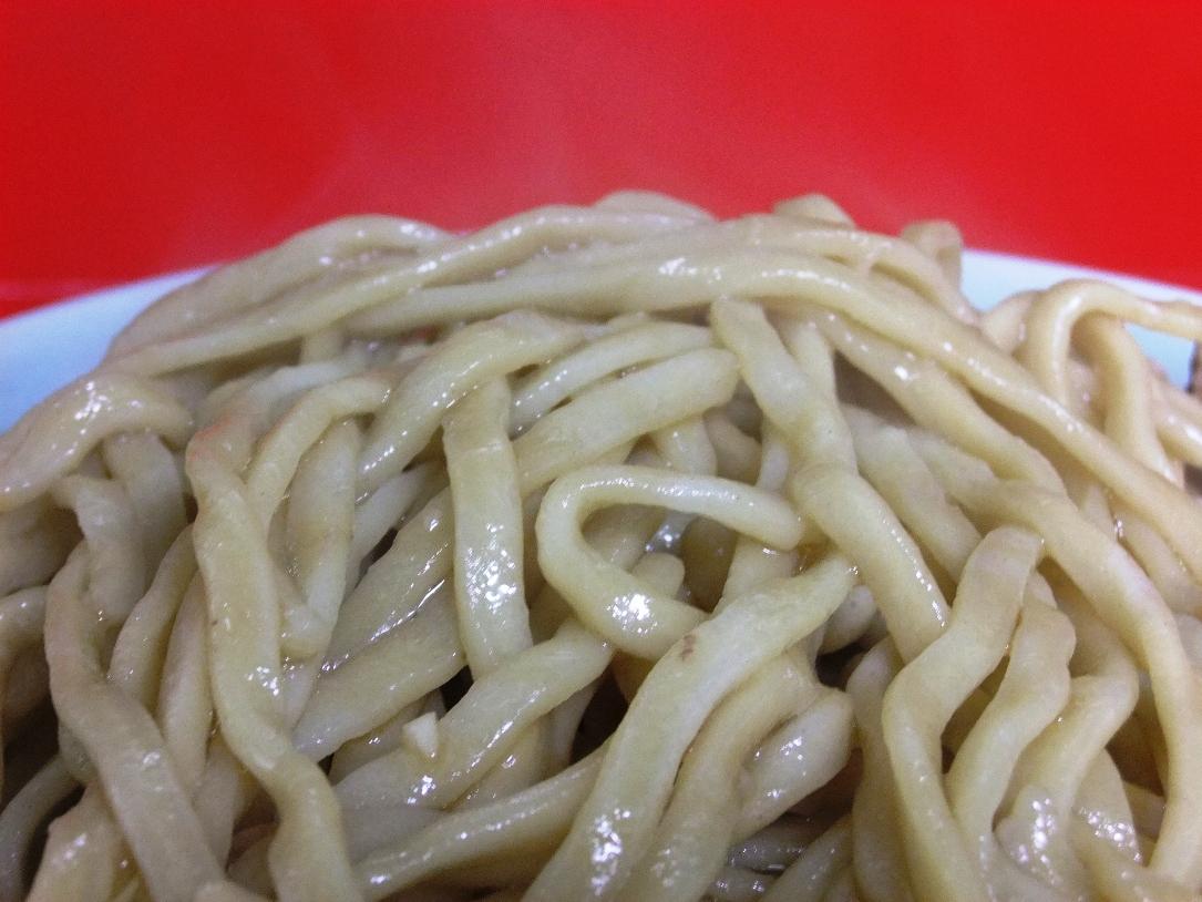 ラーメン二郎 中山駅前店:麺 11.05.15