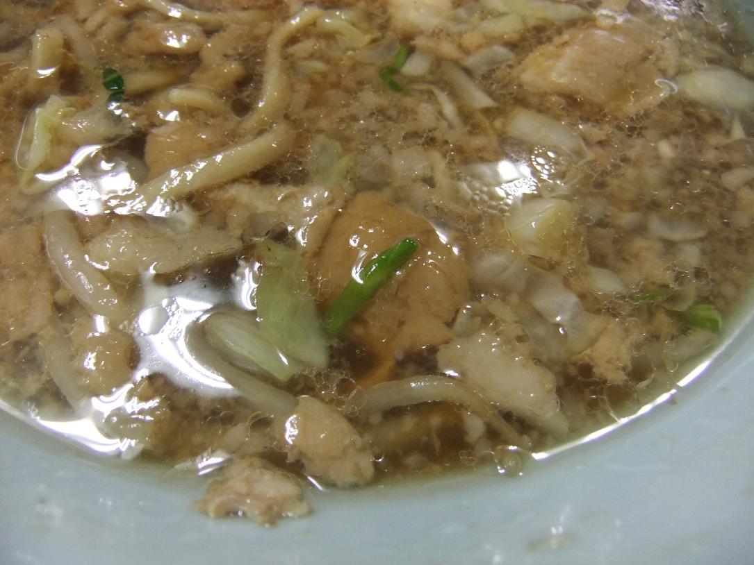 ラーメン二郎 中山駅前店:スープ 11.06.11