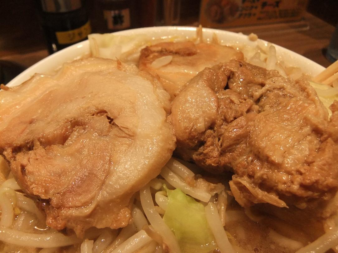 ジャンクガレッジ 東京ラーメンストリート店:豚2 11.06.26