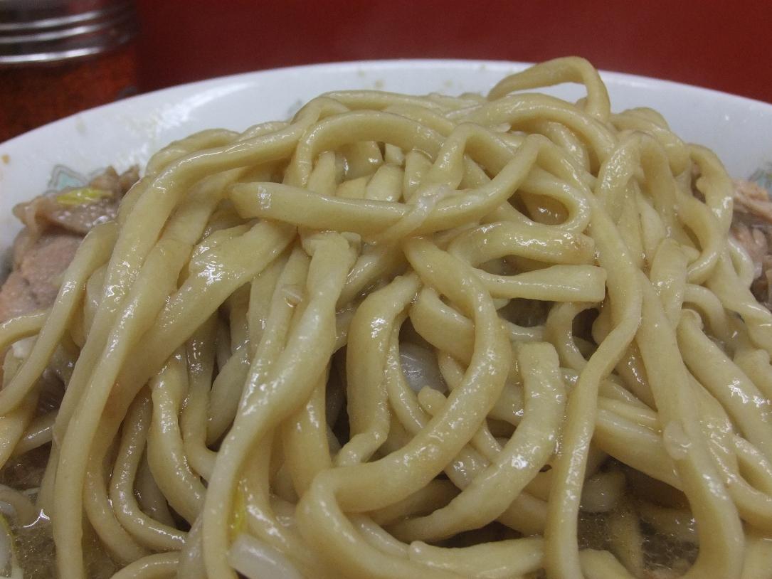 ラーメン二郎 小岩店:麺 11.07.08