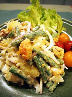 カリカリベーコン入りポテトサラダ