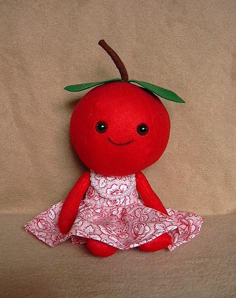 フェルト素材を使ったかわいい人形いろいろ
