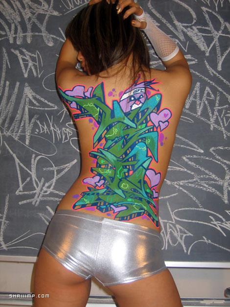 Graffiti On Girls - SHRIIIMP