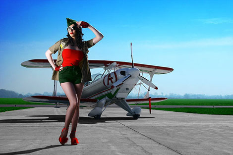Sexyな操縦士 - Pin Up Aviator Girl