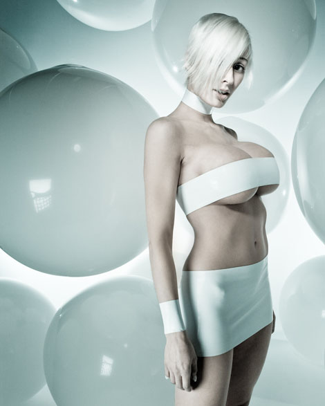 Latex Fashion - Marie-Claude Bourbonnais