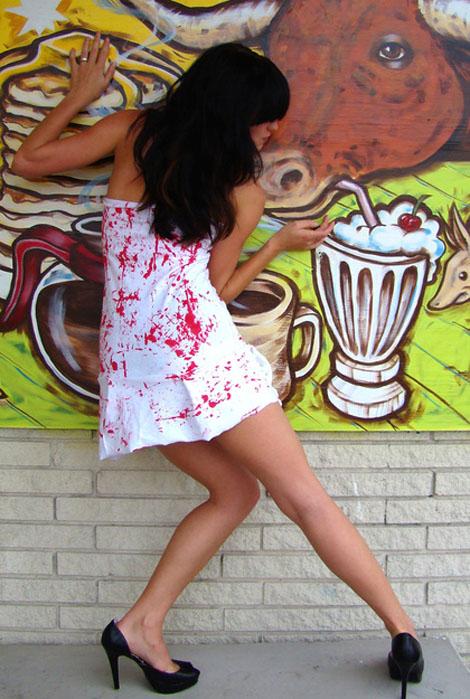 ドレスで差を付ける - Rockin' Bones