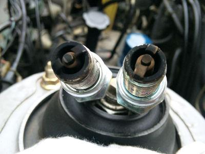 エンジンルーム点検 スパークプラグの状態 リア側リーディング・トレーディング
