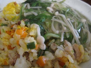 半端野菜のあんかけチャーハン