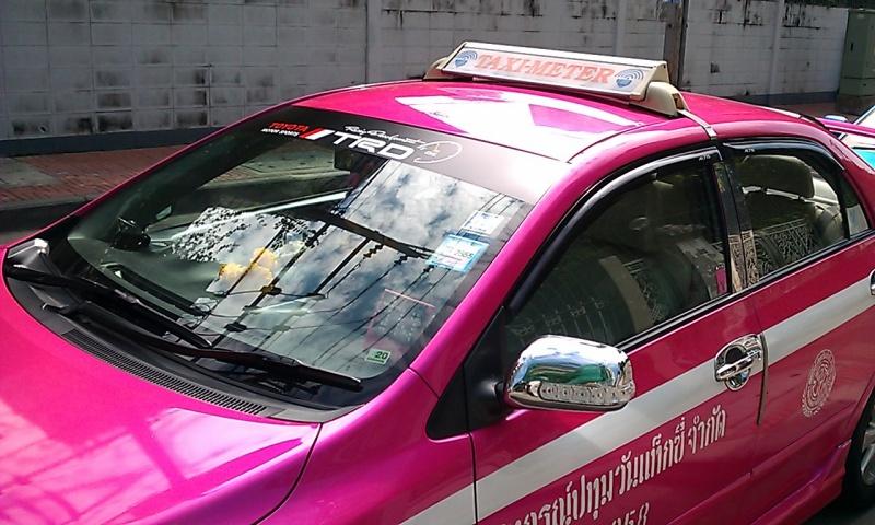 taxibkkpink.jpg