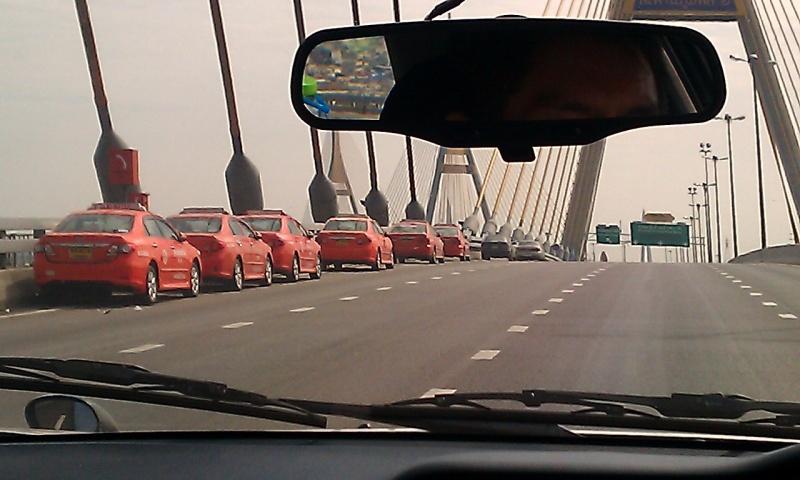 taxisonhighway.jpg