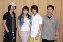 dvd_08_com.jpg