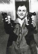 殺戮中のトラヴィス・ビックルさん。