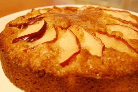 はちみつリンゴケーキ