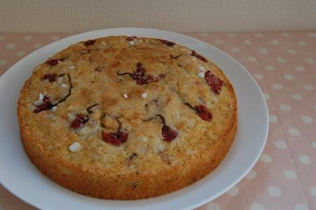 桜花とお豆のケーキ