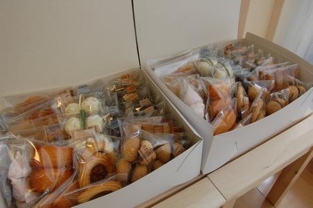 箱詰め焼き菓子