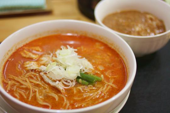 龍月館の担々麺(タンタンメン)
