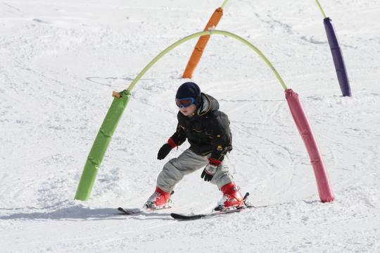 八幡平リゾートで滑る長男