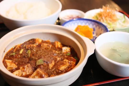 たいりく飯店の陳麻婆豆腐