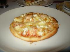 シーフード満載のピザ、パリッとしてるのにふわふわ♪