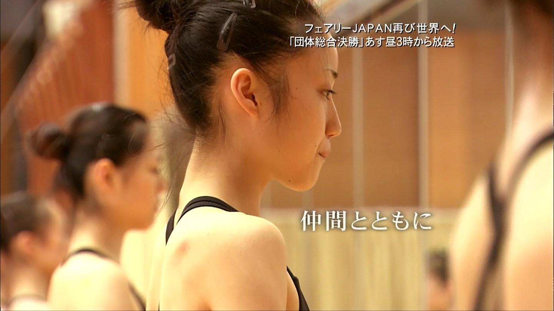 女子新体操YouTube動画>2本 ->画像>233枚