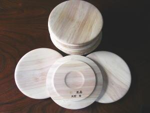 木彫りの皿