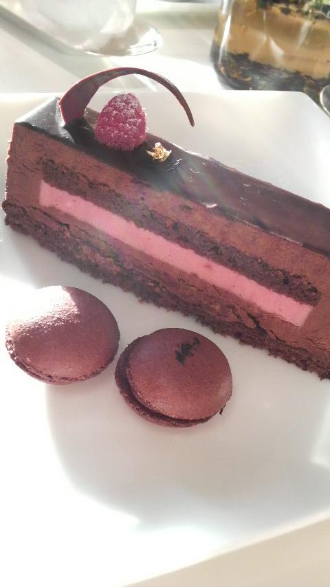 ChocolatShirokane(ノアール・エルージュ&マカロン(紅茶・フランボワーズ))