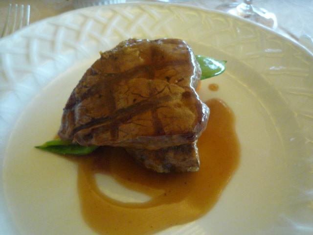 クィーンアリス(牛フィレ肉の網焼き マスタードソース)