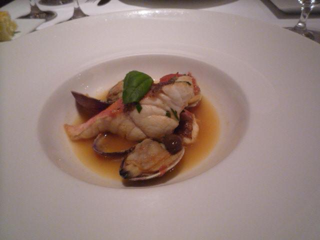リストランテ・キオラ(タジン鍋で蒸した魚介のカチュッコ 3000)