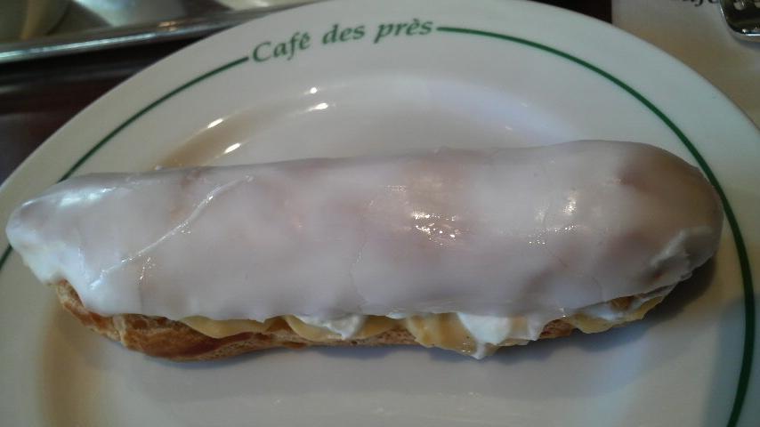 デ・プレ・カフェ(オレンジ風味のエクレア)