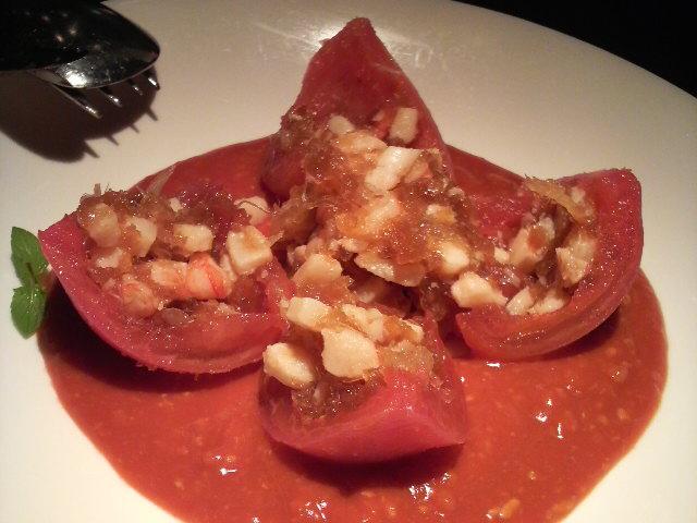 過門香(完熟トマトの冷製海鮮とフカヒレの煮こごり入り)cut