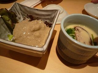 梅丘寿司の美登利総本店(板さん盛りの蟹味噌サラダ・茶碗蒸)