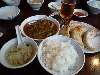 泰興楼(餃子&春雨と豚ガツ煮込)