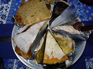 Fusia(パリパリチョコミルクレープ、モンブラン、NYチーズケーキ、シューフロマージュ、スパイスシフォンケーキ)