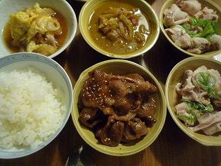 豚組(カレー・しゃぶ・卵とじ・トンテキ)