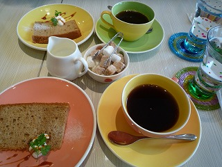 Cafe Table(シフォン・コーヒー)