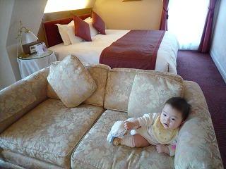 100502_北野ホテル(お部屋)つーonSofa