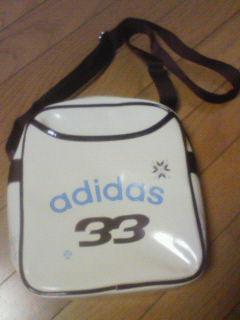 アディダスのバッグ