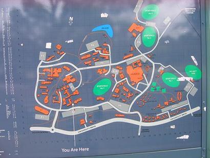 学校,露天地图,给你们看看这里的建筑分布有多么的不规则,多么容易迷路!