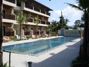 Whispering Palms Resort Residence, サムイ島