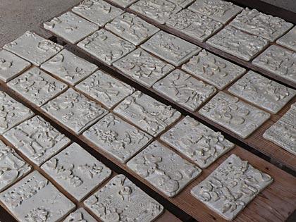 園児陶板1