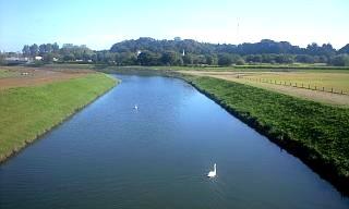 偕楽園(川)