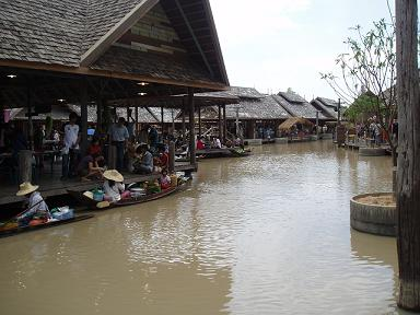 floatingMarket090308_5.jpg