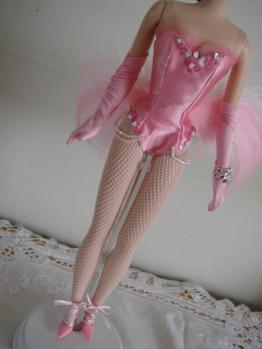 barbie FMC show girl OF