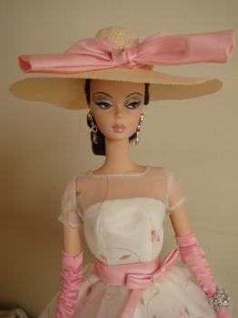 barbie FMC showgirl on garden party3