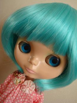 blythe fruit punch on wig blue face3