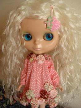 blythe fruit punch on wig white2
